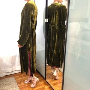 Zara velvet kimono in olive XS